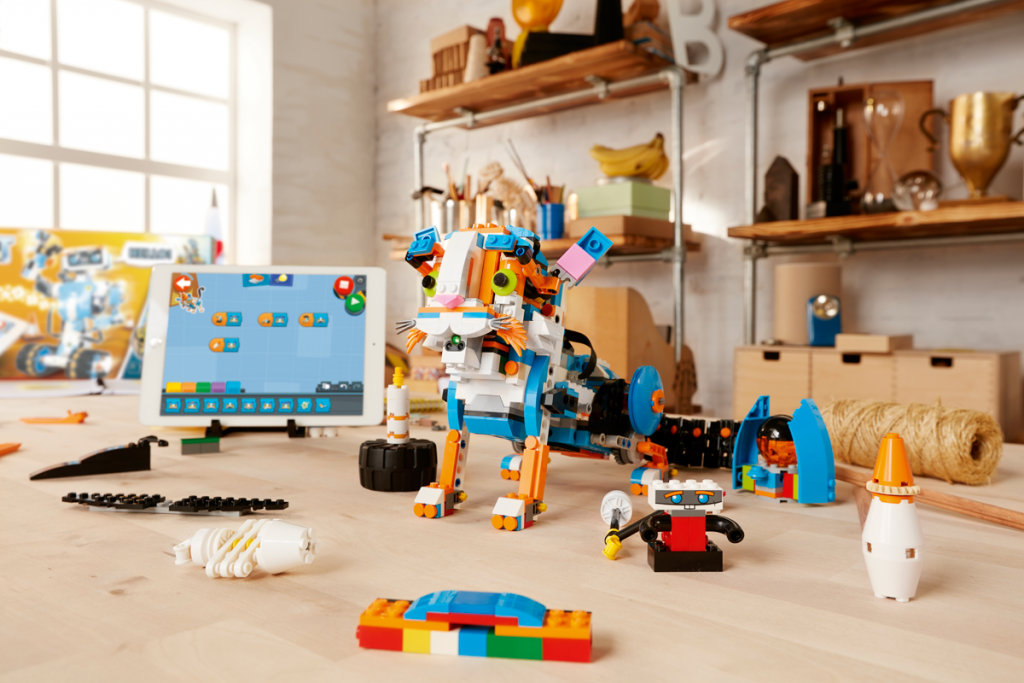 Kid's Learn Coding Concepts with the LEGO BOOST Creative